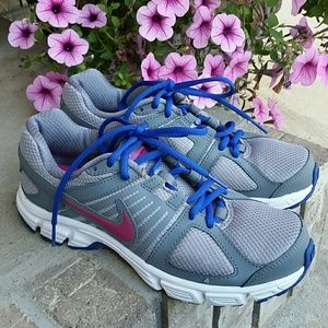 Nike running shoes Downshifte 5